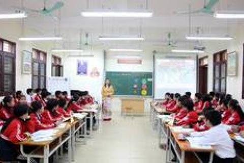 Cô Vương Thị Huế tham dự Hội thi GV dạy giỏi cấp Thành phố