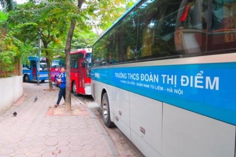 Dịch vụ bán trú và xe buýt