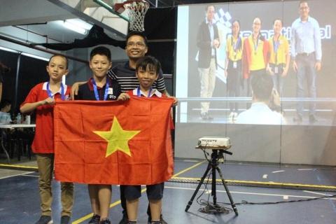 Tuyển Robotics Đoàn Thị Điểm tiếp tục thành công trên đấu trường quốc tế
