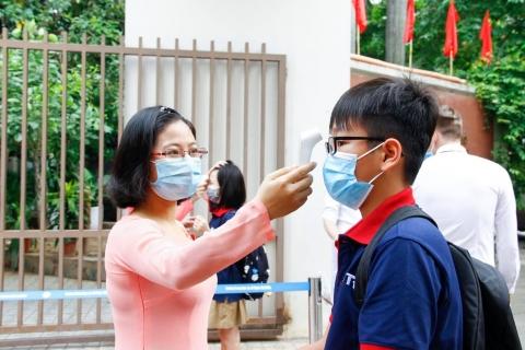 Trường THCS Đoàn Thị Điểm triển khai quyết liệt công tác phòng, chống dịch, bệnh Covid-19